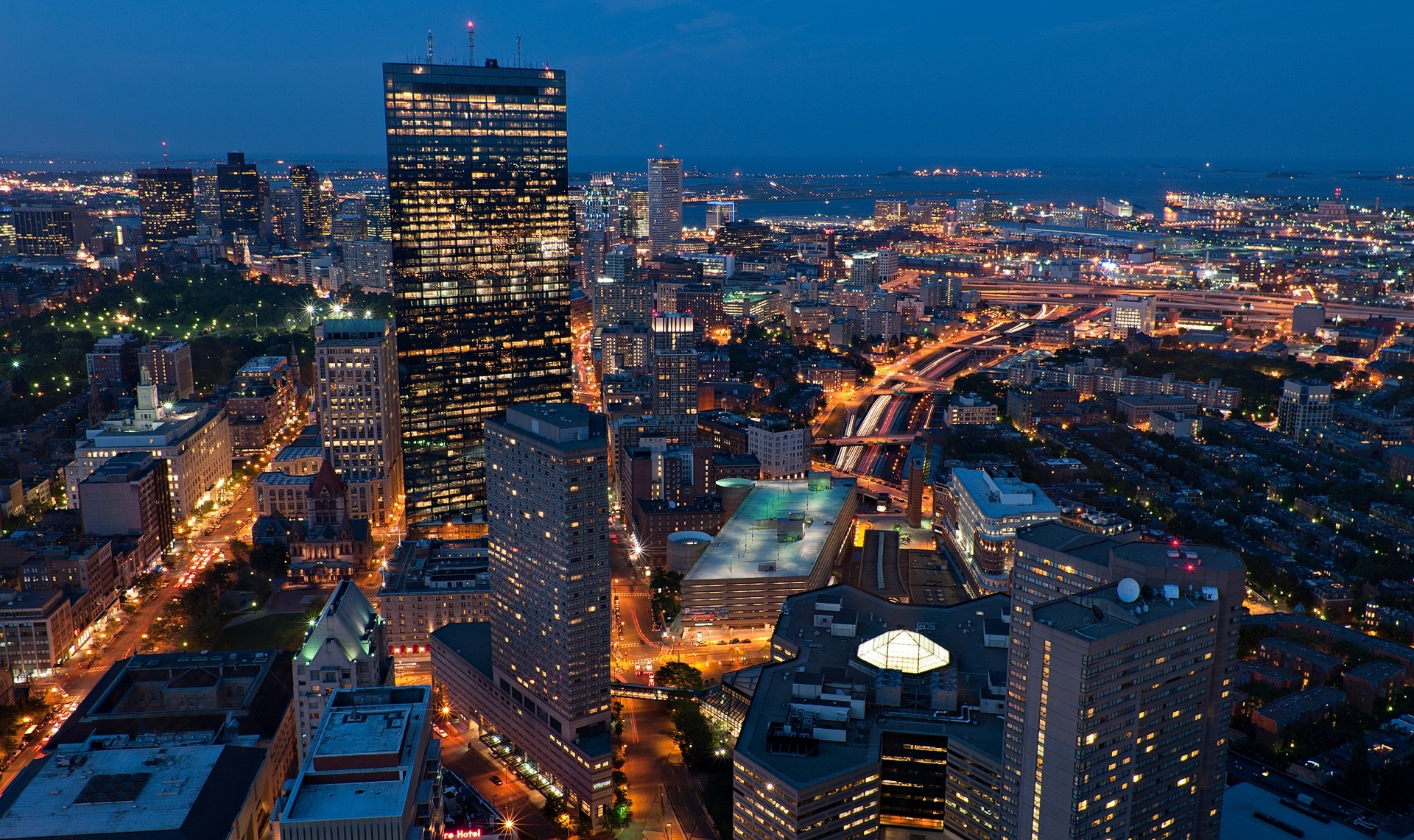 usa-massachusetts-boston-city-town