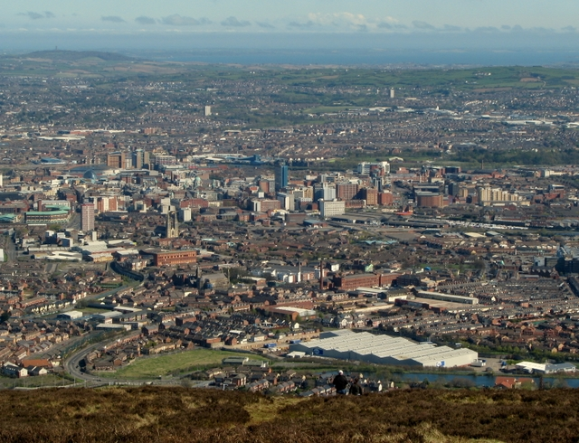 Belfast_from_Black_Mountain_-_geograph_org_uk_-_1254125