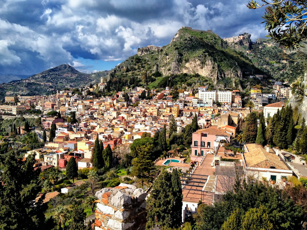 Taormina-from-the-ruins