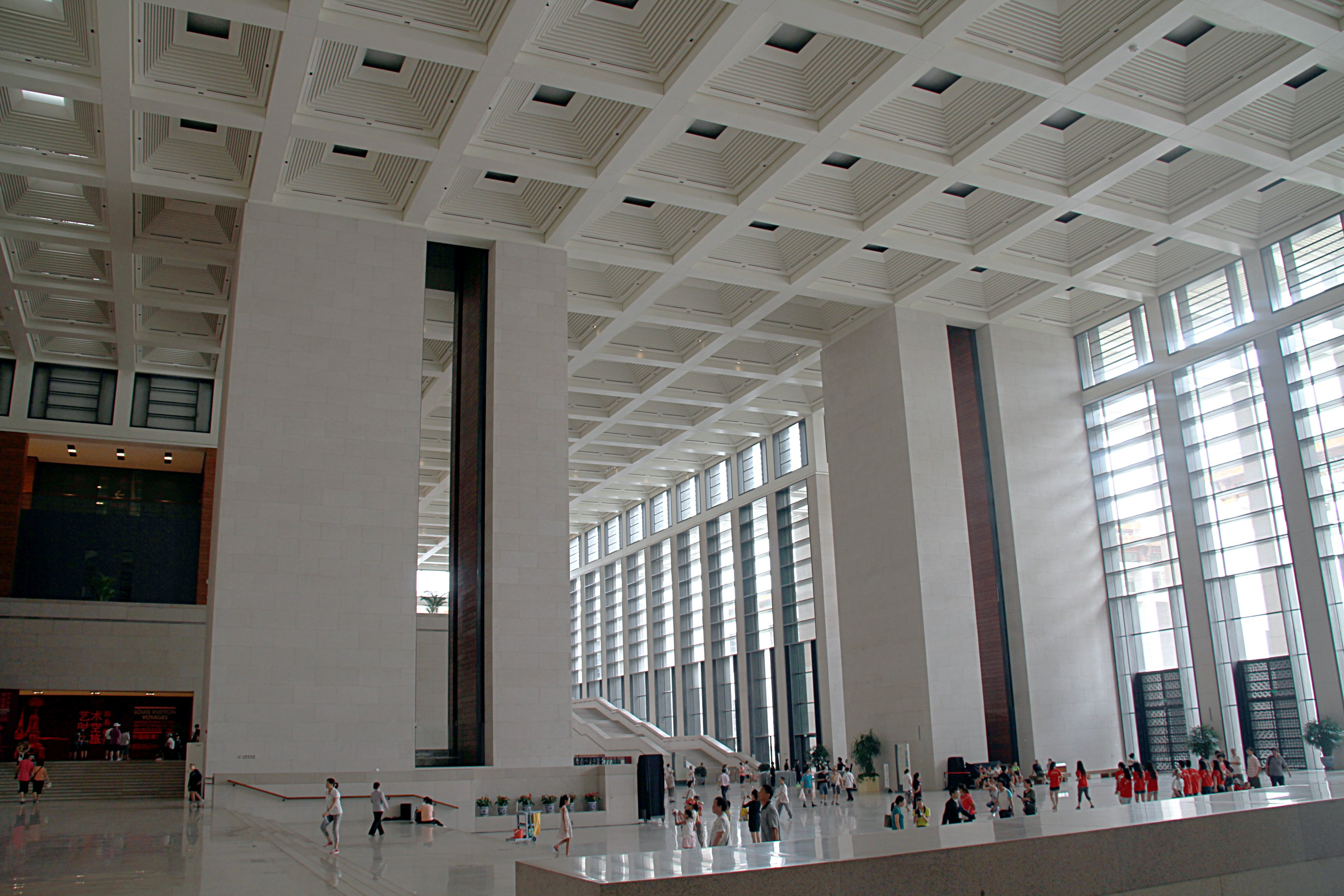 National_Museum_of_China_foyer_2011_08_02